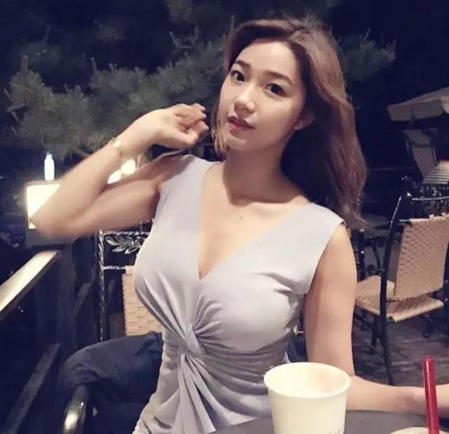 这个亚洲姑娘就是公认的宅男杀手!!!